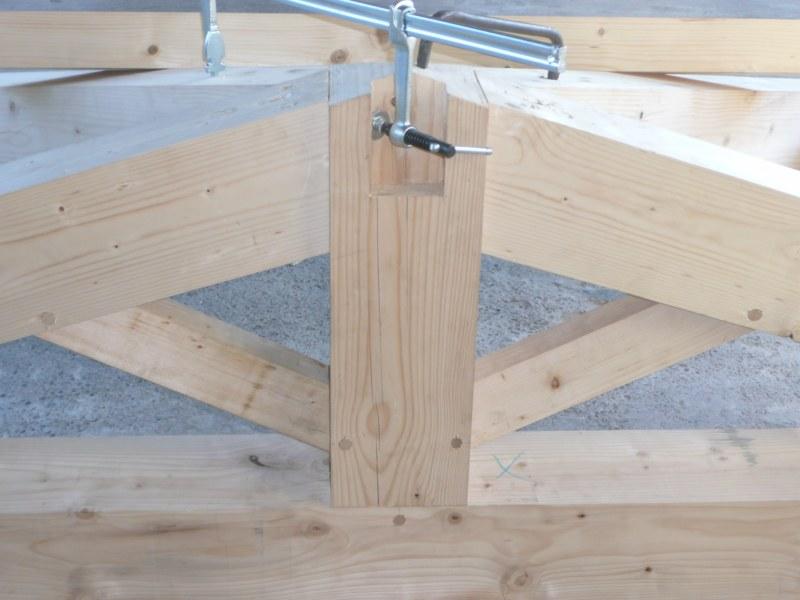 charpente sur construction neuve charpente bois aix en provence. Black Bedroom Furniture Sets. Home Design Ideas