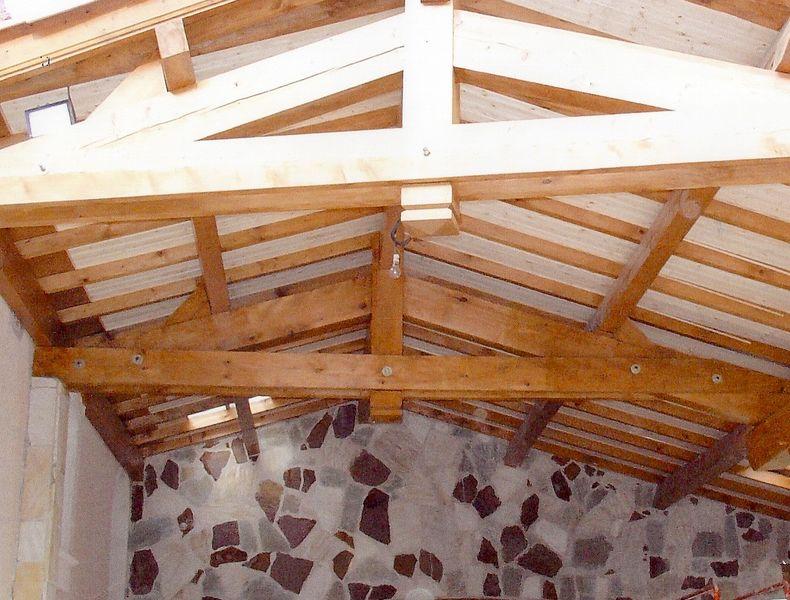 qu 39 est ce qu 39 une ferme ferme en bois aix en provence vitrolles. Black Bedroom Furniture Sets. Home Design Ideas